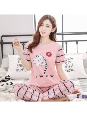 Stylish Cat Half Sleeves Printed T-Shirt for Women